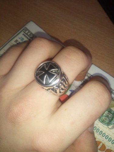 knight cross ring